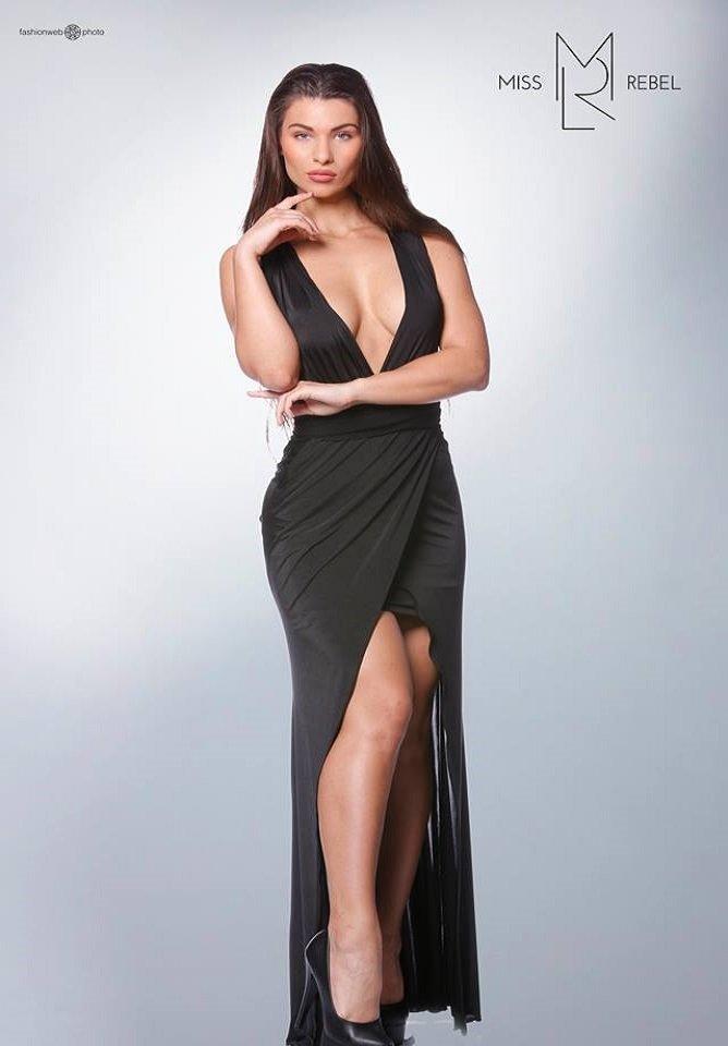 Vernazza ruha fekete